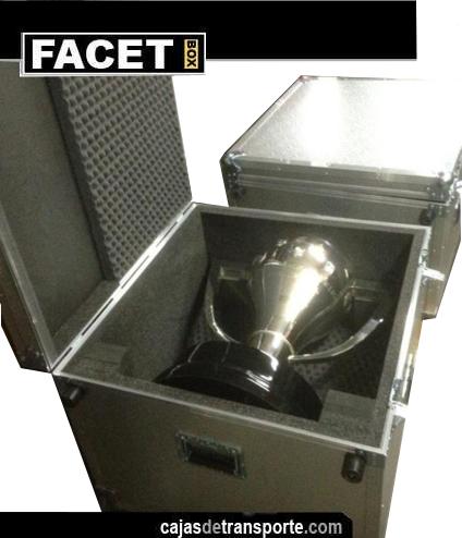 Cajas de transporte a medida para trofeos