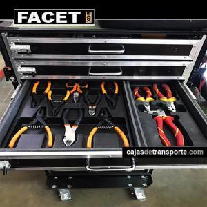 Imagen Carro de herramientas con ruedas de Cajas de Transporte del Grupo  Facet Box